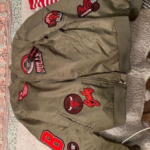 bomber jacket, Chicago bulls, green jacket